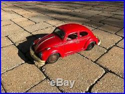 14 Vintage 1960s Volkswagen VW Bug Tin Battery Op Toy Car Japanese Japan Red