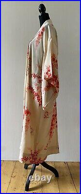 Elegant Silk Cream Pink Red Children Detailing Authentic Japanese Vintage