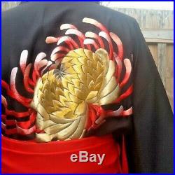 Vintage 100% Silk Black Japanese Kimono Robe Chrysanthemum Design Red Silk Lini