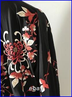 Vintage 1920s Embroidered Floral Red & Black Silk Kimono