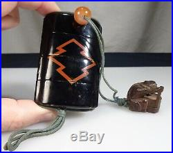 Vintage Japanese Black & Red Lacquer Inro with Carved Wood Netsuke 56367