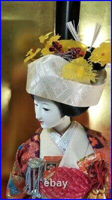Vintage Japanese Geisha Bride doll in Kimono 23 on wooden base Antique 40 years