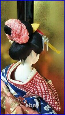 Vintage Japanese Geisha doll in Kimono 23 on wooden base Antiques 40 years