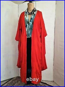 Vintage Japanese Red Jacquard Silk Kimono With Velvet Collar UK 8/12 Robe Coat