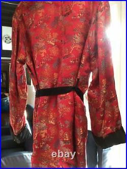 Vintage Red silk brocade smoking jacket Japanese scene 1960s From Hong Kong