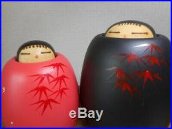 Vintage Sekiguchi Toua Wooden Kokeshi Dolls Red and Black 2pics set 3.9 3.3