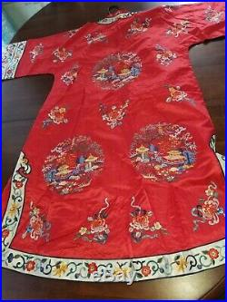 Vintage Striking Red Chinese Kimono Robe Golden Bee Large Fully Embroidered